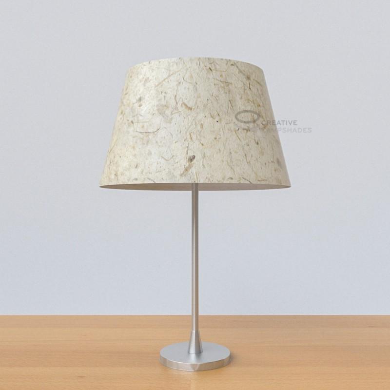 oval verkleideter lampenschirm bananenpapier. Black Bedroom Furniture Sets. Home Design Ideas